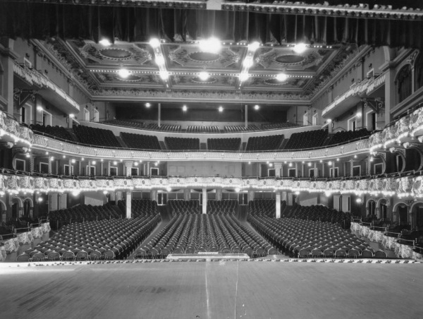 ndated photograph of the interior of the Metropolitan Opera House in Philadelphia, in its glory years. With seating for about 4,000 people, it was more than half full when Rimmer debated Schmucker about evolution in November 1930.