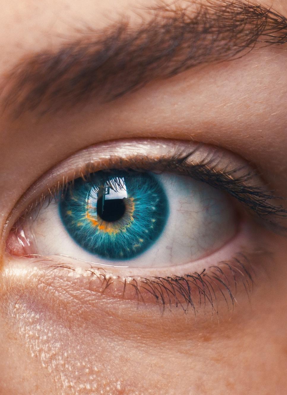 a person's blue eye