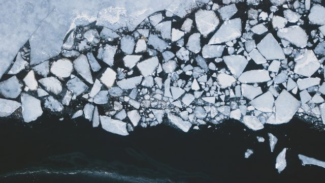 sea ice breaking up