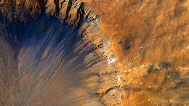 Mars crater pic from NASA